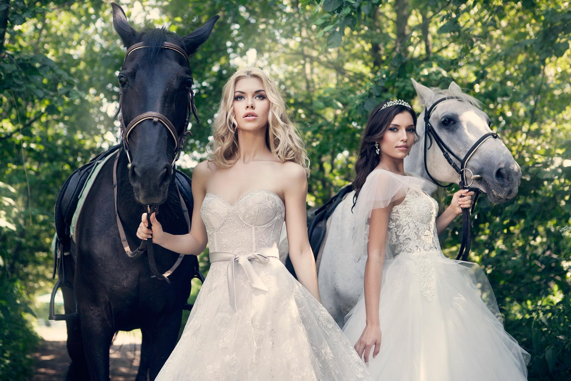 Salon wedding dresses - riccasposausa.com