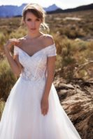 wedding gown off shoulders sleeves