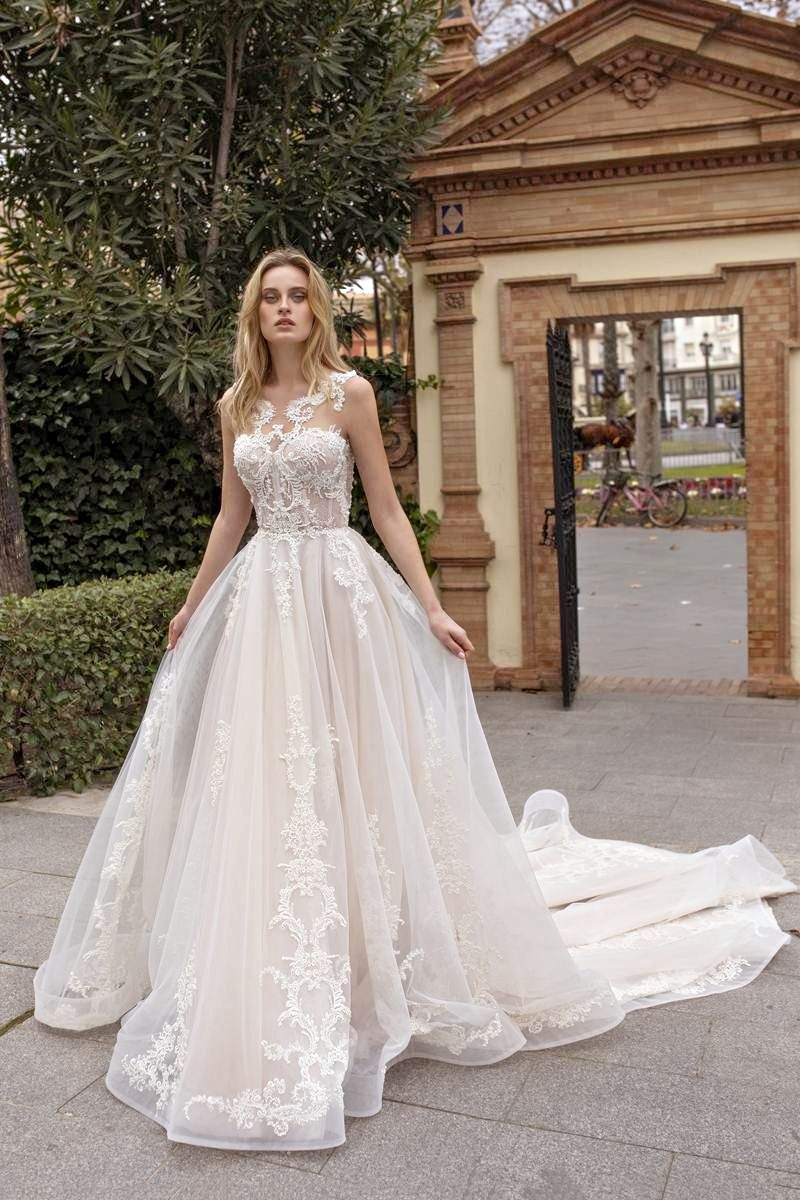 bridal gown a-line with long train
