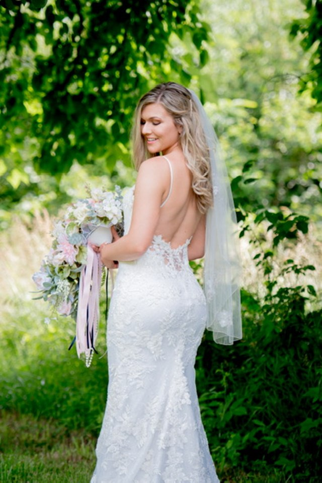 The dress: